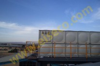 مخزن آب کامپوزيت 72 متر مکعبي نصب شده روي سکوي فولادي 20 متري