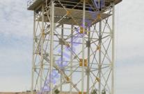 مخزن آب کامپوزیت ۳۰۰ متر مکعبی نصب شده روی سکوی فولادی ۲۰ متری