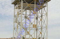 مخزن آب کامپوزيت 300 متر مکعبي نصب شده روي سکوي فولادي 20 متري